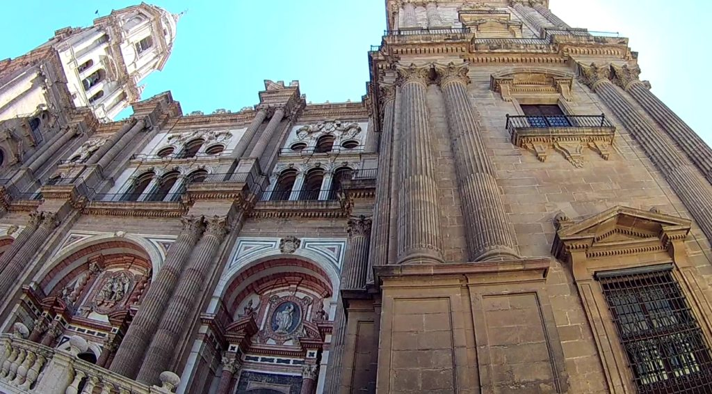lieux incontournable à malaga sa cathedrale -famille nomade digitale